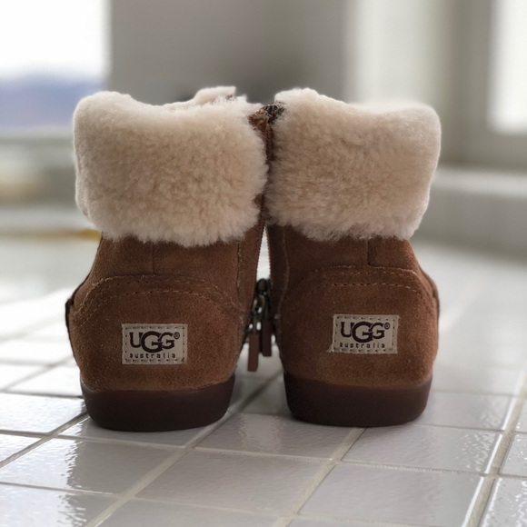 28ad1c82bfe Kids UGG Boots